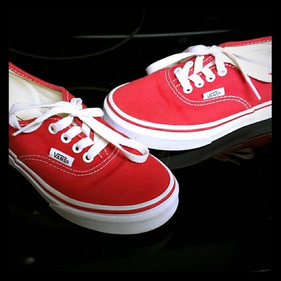 95e5d725b0 Kids Vans Authentic Lite Low Top Lace Ups Sz 1.5. M 5c2f93bd7386bc3262dc8fcf